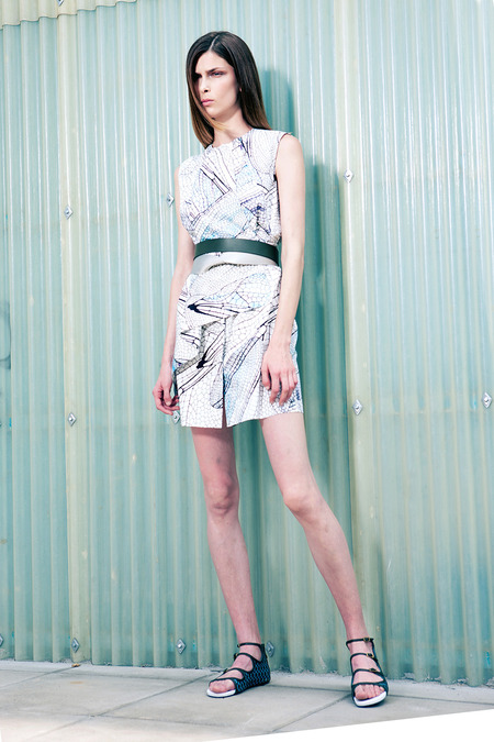 images/cast/20151000010000013=Resort 2015 COLOUR'S COMPANY fabrics x=Vionnet